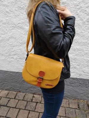 Kleine Handtasche senfgelb